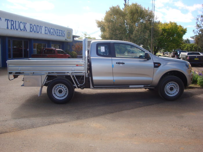 Ford – Ranger – Space Cab